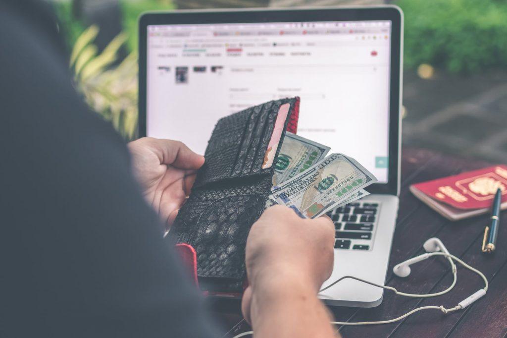 วิธีการวางแผนการเงินในการแทงบอลออนไลน์